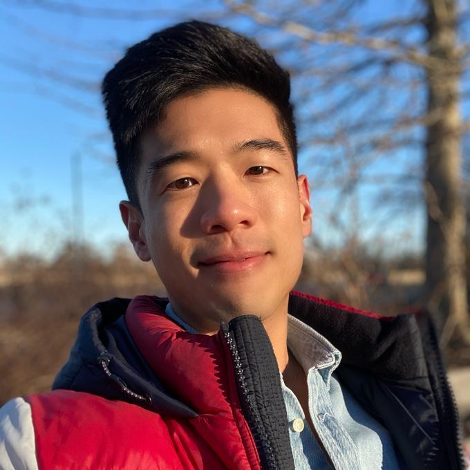 Headshot of Sheng Chiang